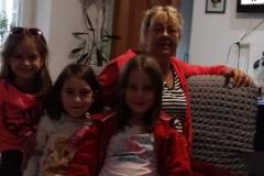 11-en-31-zusjes-wonen-bij-oma